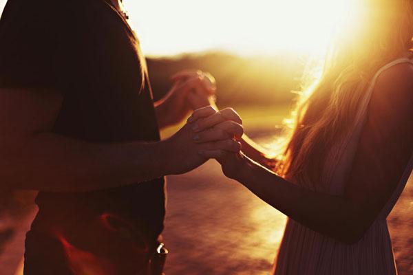 5 jel, hogy titeket a pároddal egymásnak teremtett a sors