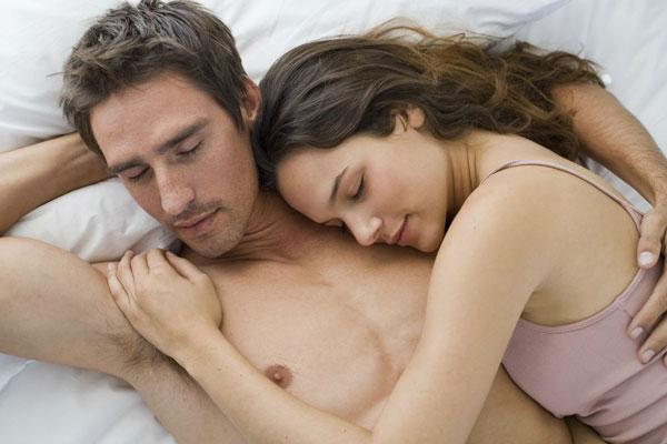 5 dolog, amit tilos kimondani egy pasinak az ágyban!