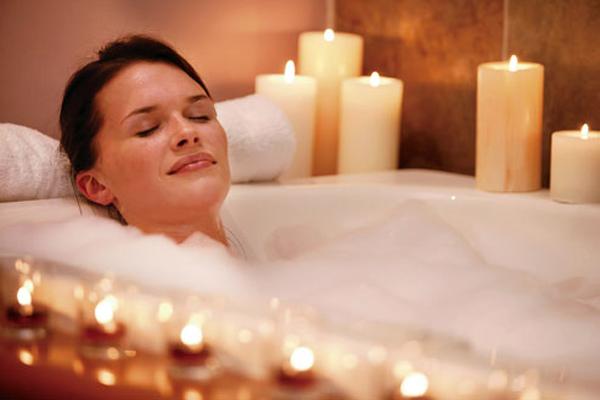 Ez a 10 gyógyító fürdő nyugtatja a testedet és a lelkedet