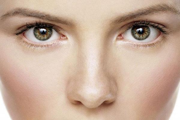 Ez a 7 jel az arcodon betegségről árulkodik!