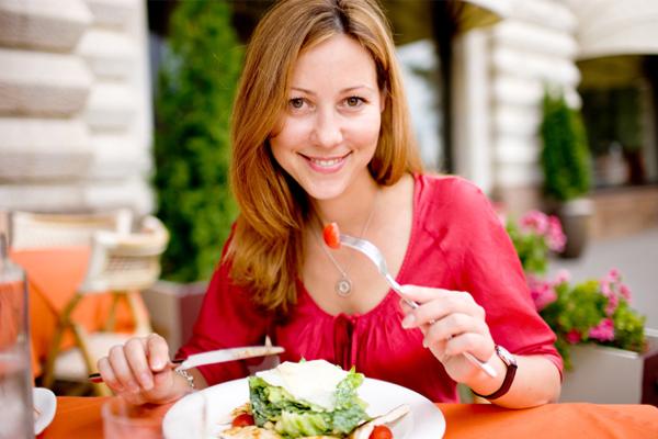 Mutatunk 8 kiváló módot arra, hogyan gyógyítsd magad ételekkel