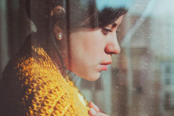 Ez a 4 jel arról mesél, hogy érzelmi stressztől szenvedsz