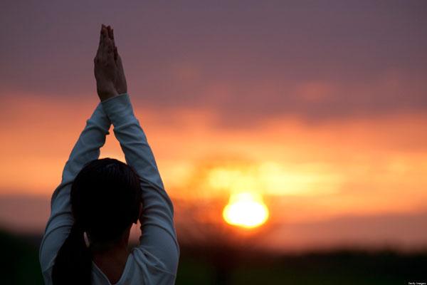 Próbáld ki ezt a 7 módszert ahhoz, hogy visszaemlékezz az előző életeidre