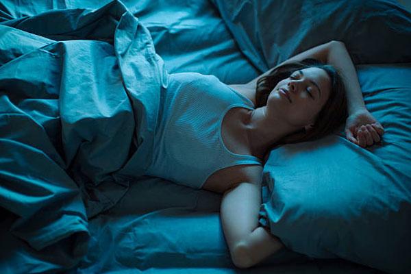 Emiatt az 5 ok miatt fontos az egészséges alvás