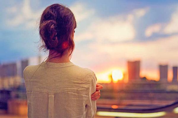 Ez a 8 szokás jelentős mértékben károsíthatja az agyadat