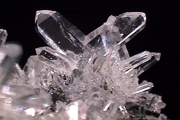 Csodákat művel otthonodban ez a 8 legnépszerűbb Feng Shui kristály