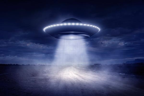 10 hihetetlen UFO eset, aminek diákok voltak a szemtanúi