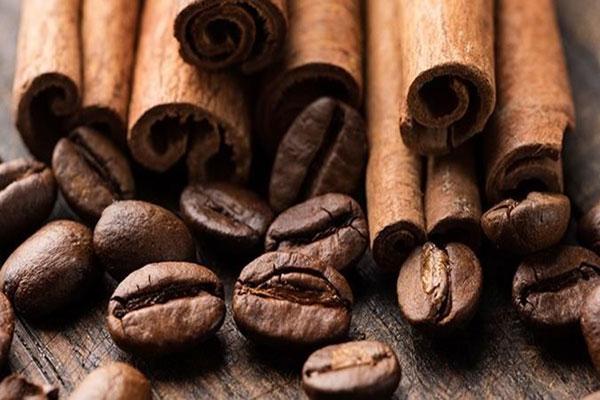 Tedd a teádba vagy kávédba ezt 6 melegítő hatású fűszert a hideg időben!