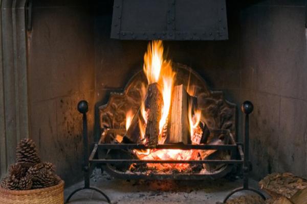 4 mágia, amellyel Szenteste és Karácsonykor belepillanthatsz a jövőbe