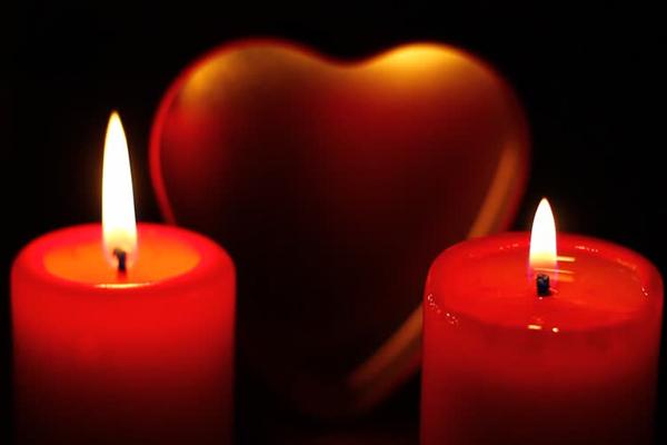 Váltsd meg szerelmi életedet a 6 valentin-napi angyali ima egyikével