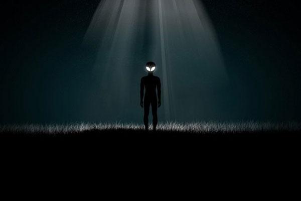 Íme, 7 megtörtént találkozás az idegenekkel, ahol fénysugárral bénították meg az embereket