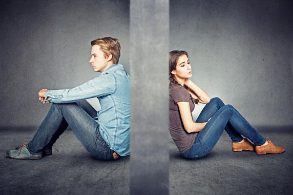 A legtöbben az 5-ből legalább 1 mérgező kapcsolatba belefutnak