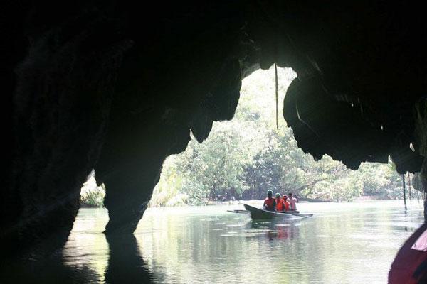 Ámulatba ejtő képek a világ 10 legkülönlegesebb barlangjáról
