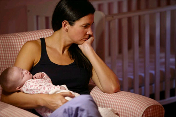 Íme, a szülés utáni depresszió 4 tünete