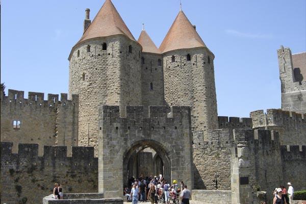 N zd meg s j tssz vele carcassonne ban te is lenn l for Porte narbonnaise