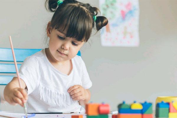 Így akadályozod a gyermeket a sikeressé válásban